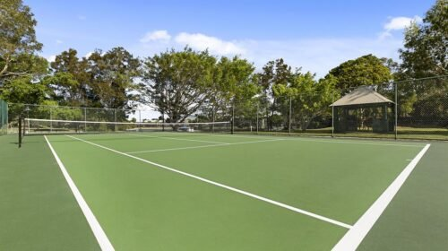 noosa-resort-with-tennis-court-3