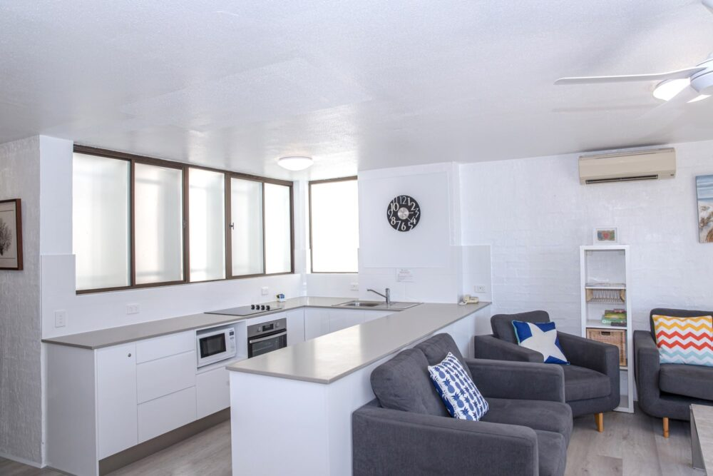 nossa-accommodation-palm-view-apt14-3