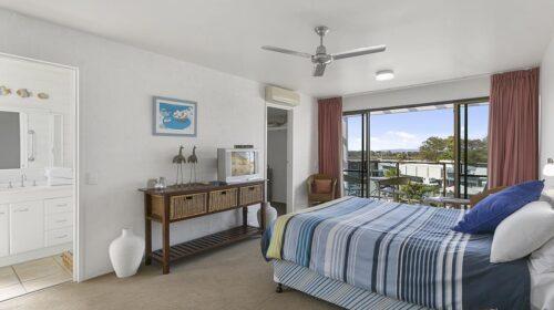 nossa-accommodation-palm-view-apt24-2