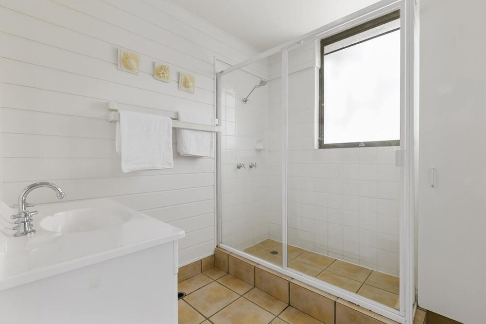 nossa-accommodation-palm-view-apt24-3