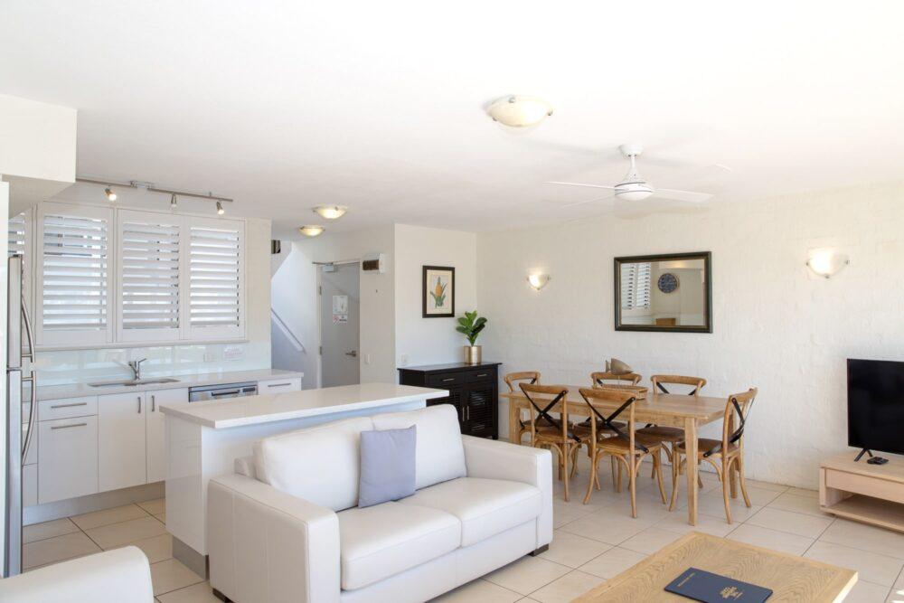 nossa-accommodation-palm-view-apt25-5