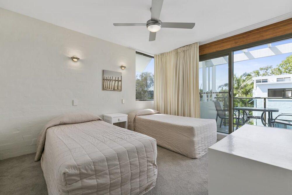 nossa-accommodation-palm-view-apt27-3