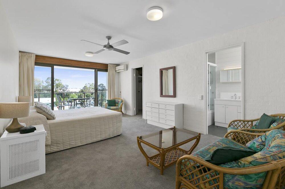 nossa-accommodation-palm-view-apt27-7