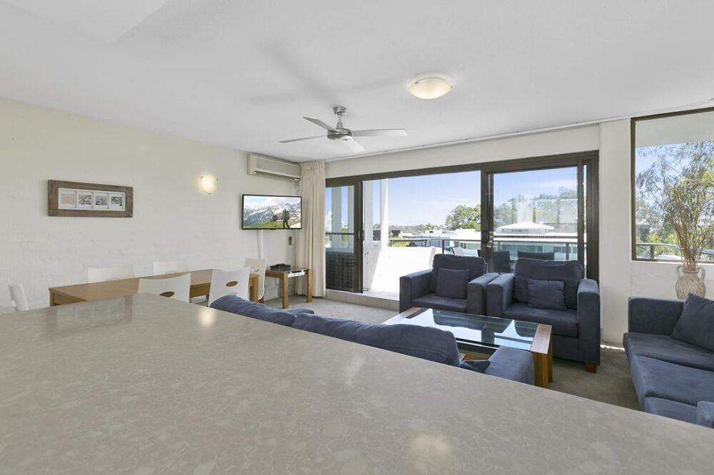 nossa-accommodation-palm-view-apt27-8