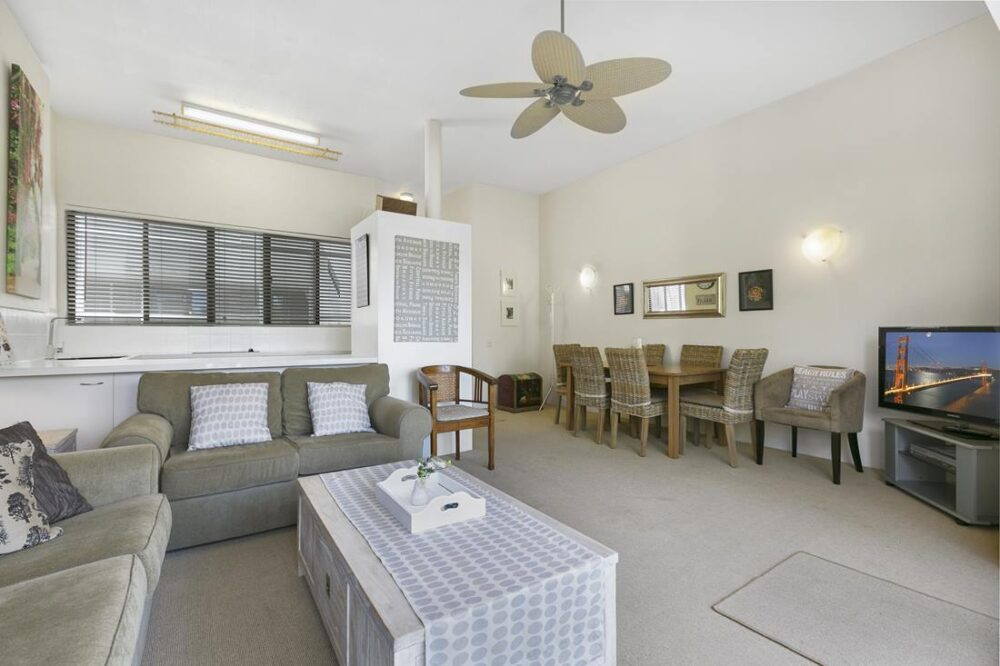 nossa-accommodation-river-view-apt2-5